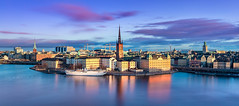 _MG_2958 - Stockholm skyline in the morning (AlexDROP) Tags: 2017 stockholm sweden travel longexposure architecture city urban daylight circpl canon6d ef241054lis best iconic panoramic skyline famous mustsee picturesque postcard europe color morning goldenhour lake mälaren