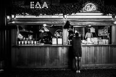 (electrees) Tags: fujifilm x100t people street city monochrome black white stpetersburg russia light urban portrait night woman man winter new year market новая голландия holland