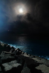 The moon was out (Steenjep) Tags: madeira portugal ferie holiday urlaub portosanto harbour watersea night light reflex