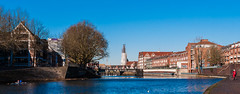 Januar Sun (edgar_t) Tags: bremen blue sky weser city