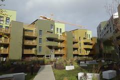 DSC06187 (Schafran) Tags: light nicepic apartments housing division exclusion crane construction juxtaposition