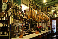 tapas bar nel Barrio Santa Cruz (raffaele pagani) Tags: siviglia seville barriosantacruz spagna spain canon