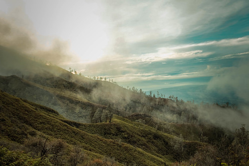 Hiking through the mountain At ijen mountain, indonesia #indonesia #landscapephotography