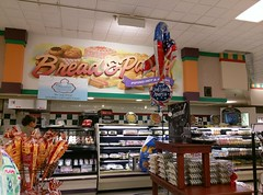 Somewhat blocked view of the bread and pastry counter (l_dawg2000) Tags: 90s classic dairy deli food formerneonstore formerwannabeneonstore groceries jacksontn kroger labelscar madisoncounty meats milk millenniumdécor pharmacy produce tennessee tn uscan jackson unitedstates usa