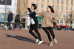 Dance on the place Bellecour (Claude Schildknecht) Tags: bellecour dance danse europe france lyon placebellecour places tanz