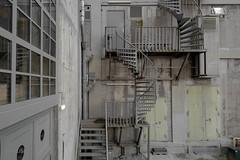 Double-Helix Structure (ARTUS8) Tags: flickr nikon24120mmf40 abandoned bildkomposition nikond800 pastell treppe stairs pastel gebäude