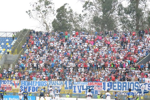 """Hinchas Everton vs CDUC • <a style=""""font-size:0.8em;"""" href=""""http://www.flickr.com/photos/131309751@N08/39427127475/"""" target=""""_blank"""">View on Flickr</a>"""
