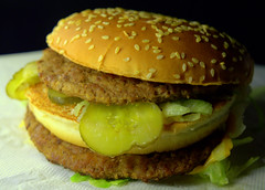 Grand Big Mac™ (Tony Worrall) Tags: add tag ©2018tonyworrall images photos photograff things uk england food foodie grub eat eaten taste tasty cook cooked iatethis foodporn foodpictures picturesoffood dish dishes menu plate plated made ingrediants nice flavour foodophile x yummy make tasted meal nutritional freshtaste foodstuff cuisine nourishment nutriments provisions ration refreshment store sustenance fare foodstuffs meals snacks bites chow cookery diet eatable fodder grand big mac™ bun meat