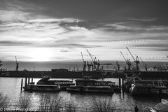 20180107_hafen-109 (vmonk65) Tags: hafen hafenhamburg hamburg harbour himmel nikon nikond810 sky wasser water