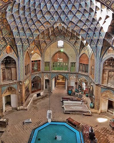 Impressive Aminoddole Caravanserai in Kashan #Iran 😍 #architecture #travel
