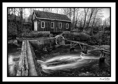 Morningstar Mill ( explored ) (ROHphotos.) Tags: randyohara rohphotos stcatherines mill niagaraescarpment bw blackandwhite ontario canada explore inexplore