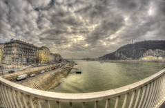 #193 (mariopolicorsi) Tags: mariopolicorsi canon eos 700d fisheye samyang 8mm ungheria hungary budapest città city citylife cityscapes europa europe travel viaggio hdr hdrawards simplysuperb photoshop photomatix fiume river danubio ponte bridge