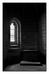 Mont Saint-Michel (Massimo Frasson) Tags: francia france normandia normandie nouormandie montsaintmichel lemontsaintmichel centrostorico oldcity pittoresco architettura arte medioevo unesco patrimoniodellumanità chiesa gotico monte abbaziadimontsaintmichel abbazia biancoenero bw