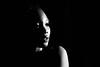 contrasti (luporosso) Tags: ritratto ritratti portrait portraits blackandwhite blancoynegro blackwhite bianconero biancoenero monocromatico monochrome ragazza girl