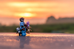 Garmadon loves his teddy bears (Ballou34) Tags: 2017 7dmark2 7dmarkii 7d2 7dii afol ballou34 canon canon7dmarkii canon7dii eos eos7dmarkii eos7d2 eos7dii flickr lego legographer legography minifigures photography stuckinplastic toy toyphotography toys stuck in plastic garmadon ninja ninjago teddy bear morning sunrise prinzhöfte niedersachsen allemagne de