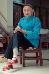_62A0740 (gaujourfrancoise) Tags: china chine liuyivillage footbinding piedsbandés boundfeetwoman femmeauxpiedsbandés yunnan