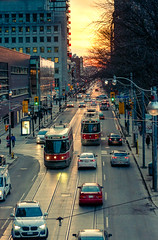 Life on Queen At. (Jackx001) Tags: 02182018 2018 canada downtown february jacknobre ontario photography streets toronto people sunset winter queens st ttc