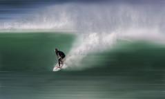 Dominando la ola. (jetepe72) Tags: surf vizcaya mar playa cantabrico surfista