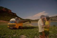 ghostly lovers (diminoc) Tags: longexposure night nighttimephotography calanda spain aragon camping van vw volkswagen t25 t3 hitop hightop yellow dam reservoir