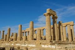 Temple of Hera (450-440 BCE) (Victoria Lea B) Tags: columns valleyoftemples ruin ruins templeofhera architecture column agrigento juno hera