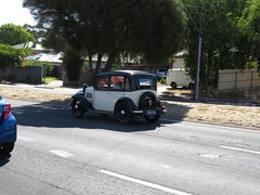 Vintage Car on North East Rd (RS 1990) Tags: adelaide teatreegully modbury valleyview southaustralia northeastrd friday 19th january 2018 rare vintage veteran car austin7