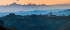 Castagnole delle Lanze - Cuneo (frillicca) Tags: 2012 alpes alpi barbaresco campagna castagnoladellelanze cielo clouds colline country cuneo foschia haze hills landscape langhe montagne mountain nikkor nikkor70200mmf28 nikon nikond300 november novembre nuvole panorama panoramica sky sundown tramonto vigneti vineyard
