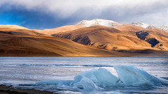A song of fire & ice (gautam023) Tags: gautam india ladakh landscape pardake travel winter mountains himalayas water ice snow cold frozen clouds tso moriri lake high altitude sunset
