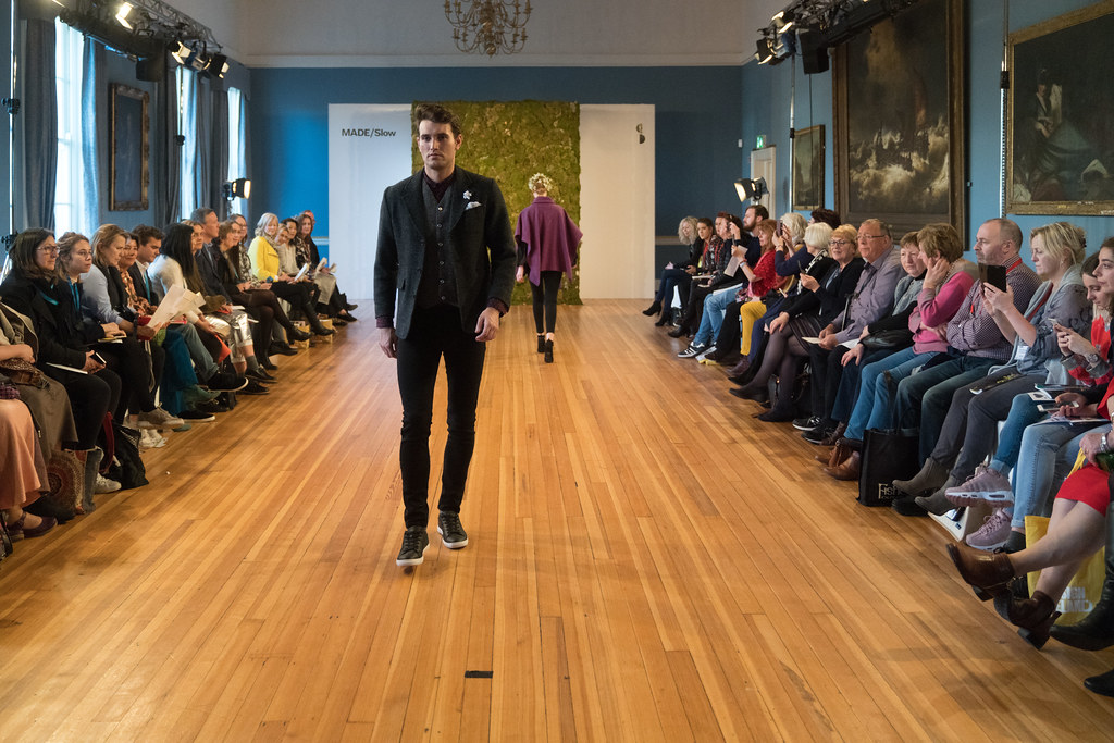MADE-Slow PRESENTATION OF QUALITY IRISH FASHION DESIGN - STUDIO DONEGAL [FASHION SHOW AT THE RDS JANUARY 2018]-136241