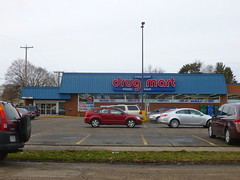 Discount Drug Mart/former Buehler's, New Philadelphia, OH (3) (Ryan busman_49) Tags: buehlers newphiladelphia oh ohio former reuse retail pharmacy discountdrugmart