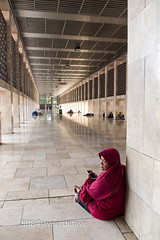 Waiting (jperthllave) Tags: masjidistiqlal mosque moslem waiting people candid pentax jakarta indonesia smcpentaxdal1850mmf456dcwrre religion islamic islam