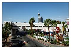 Vegas, behind the scenes (Guillaume DELEBARRE) Tags: lasvegas nevada west america canoneos6d tamron2470f28 stratosphere circuscircus colors sincity hotel swimingpool