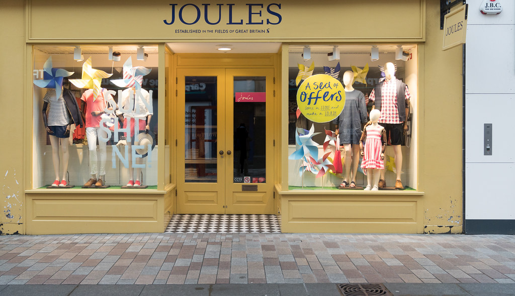 JOULES IN BELFAST[BORN IN THE FIELDS OF GREAT BRITAIN]-135545