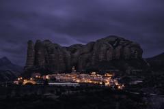 Mallos de Agüero (Luis R.C.) Tags: mallos agüero huesca pueblos montañas viajes paisajes nocturnas nikon d610