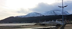 The Mournes from the Newcastle, Co. Down Promenade (ronmcbride66) Tags: landscape panorama promenade footbridge mountains mournes codown themournes snow relief topography batholith granite tourism beach groynes streetlighting housing sea coast perrcyfrench forest skyline rivershimna coth5