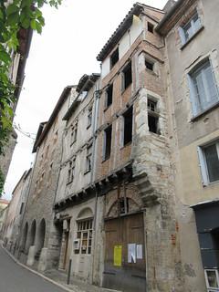 Abandoned house, Rue du Château-du-Roi, Cahors, France