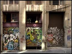 DSC_0691 (Pascal Rey Photographies) Tags: streetart streetphotography lyon lugdunum croixrousse xrousse france auvergnerhônealpes digikam digikamusers graffitis graffs graffik graffiti tags popart pochoirs pop papiercollé walls murs muros murales fresquesmurales peinturesmurales peinturesurbaines fresquesurbaines dada dadaisme photographielibertaire photographieanarchiste pascalreyphotographies pascalrey photographiecontemporaine photos photographie photography photograffik photographieurbaine photographienumérique photographiedigitale urbanart urbanphotography slogans wallpaintings walldrawings rues inthestreets