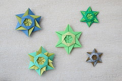 Modular Origami Stars (ronatka) Tags: modularorigami mariasinayskaya star origamistar rectangle ef40mmf28stm