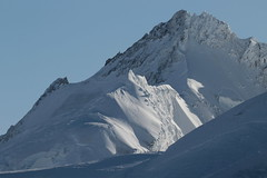 Gletscherhorn ( BE VS - 3`983 m - Erstbesteigung 1867 - Europäische Hauptwasserscheide - Berg montagne montagna mountain ) in den Berner Alpen - Alps an der Grenze vom Kanton Bern und Wallis - Valais der Schweiz (chrchr_75) Tags: hurni christoph chrchr75 chriguhurni februar 2018 schweiz suisse switzerland svizzera suissa swiss albumzzz201802februar albumgletscherimkantonbern gletscher glacier ghiacciaio 氷河 gletsjer alpen alps kantonbern berner oberland