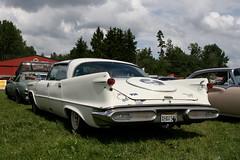 Imperial back, 1957-1958 (Triple-green) Tags: iphotooriginal 1957 1958 2007 auto canon24105mm14l canoneos30d forwardlook imperial schweden uscar v8 virgilexner västerås