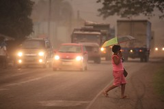 Philippine volcano explodes, villagers flee back to shelters (psbsve) Tags: noticias curioso movie interesante video news imágenes world mundo información política peliculas sucesos acontecimientos entertainment