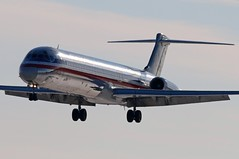 N971TW American MD-83 at KCLE (GeorgeM757) Tags: n971tw md83 landing 6l canon70d aircraft alltypesoftransport aviation airport american maddog georgem757 kcle clevelandhopkins classic