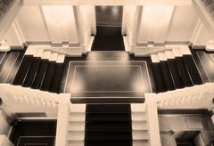 Operntreppe (andtor) Tags: rx100 treppe stiege stairs stufen steps escalier semperoper dresden saxony sachsen stiegenhaus scala escada escalera treppenhaus wendeltreppe