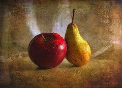 Two Fruits ... (MargoLuc) Tags: red apple yellow pear frutta winter fruit sweet stilllife classic natural light table droplets shadows texture skeletalmess