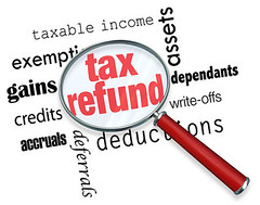 WHO SHOULD FILE A TAX RETURN: EXPLAINED BY NICK NEMETH (Pats Walter) Tags: tax taxable taxrefund taxreturn taxableincome income magnifyingglass assets gains exempt exemption credit accrual deduction dependent writeoff magnify glass magnifying closeup search accountant accounting bookkeeping file filing irs internalrevenueservice government searching hunt hunting find finding clue clues background business look looking zoom zooming words text unitedstatesofamerica