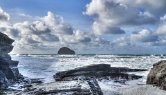 Rough seas at Trebarwith Strand, North Cornwall (Baz Richardson (back on 26 May)) Tags: cornwall cornishcoast trebarwithstrand rocks cliffs islands northcornwall roughseas