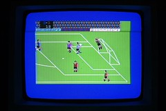 International Soccer, Commodore 64 videogame, 1983 @verdebinario #soccer #commodore #c64 #videogame #gaming #gamers #gameart #computer #circuit #maker #laboratory #programmable #electronics #tech #tecnology #projects #vintagecomputer #broadcasting #oldhar (Museo dell'Informatica Funzionante) Tags: musif miai freaknet dyneorg trasformatorio