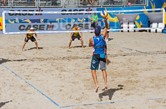 Match 57: Round of 16: USA vs. Germany (cmfgu) Tags: craigfildesfineartamericacom fédérationinternationaledevolleyball internationalfederationofvolleyball fivb swatchfivbbeachvolleyballmajorseries worldtour fortlauderdale ftlauderdale browardcounty florida fl usa unitedstatesofamerica beach volleyball tournament professional sun sand tan athlete athletics ball net court set match game sports outdoors ocean palmtrees men ger germany deutschland nicklucena olympian markusbockermann markusböckermann larsfluggen larsflüggen