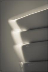monochrome (objet introuvable) Tags: macromondays macro monochrome white minimalism minimalisme canon canon70d contrast cadre