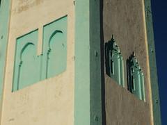 Grande mosquée, médina, Sefrou, province de Sefrou, région de Fès-Meknès, Maroc. (byb64) Tags: sefrou fèsmeknès maroc morocco marruecos royaumedumaroc marokko marocco moyenatlas atlas medina ville town ciudad stadt city altstadt oldtown cascohistorico صفرو ⵚⴻⴼⵕⵓ minaret mosquée minarett alminar minareto moschee mosque mezquita moschea