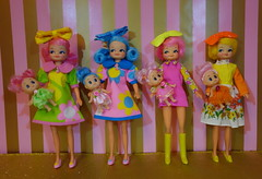 Dolly Playdate! (Primrose Princess) Tags: vintage dolls kewpie fingerding vintagedolls dollcollection dollsplayingwithdolls dollymeeting iplaywithdolls primroseprincess dollydreamland